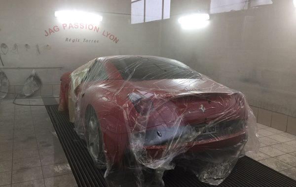 C7 – Ferrari California – Prête à peindre