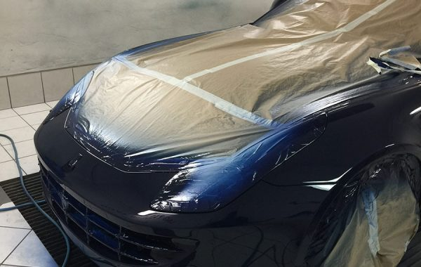 C9 – Ferrari FF – Peinture noire